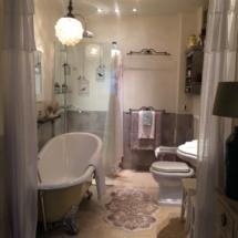 Сен-Поль-де-Ванс, ванная комната
